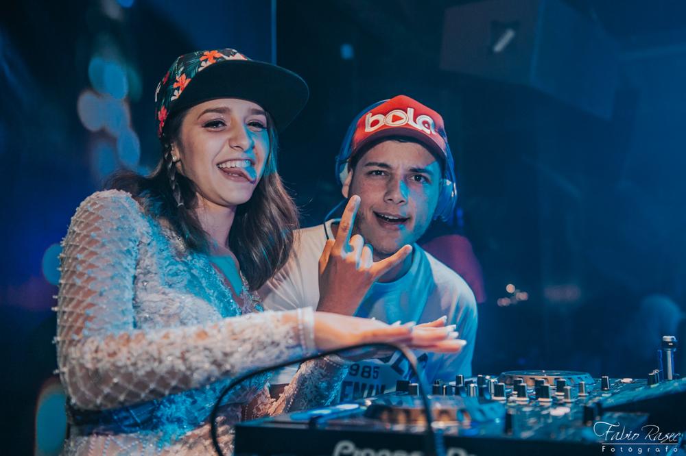 63 DJ Bola