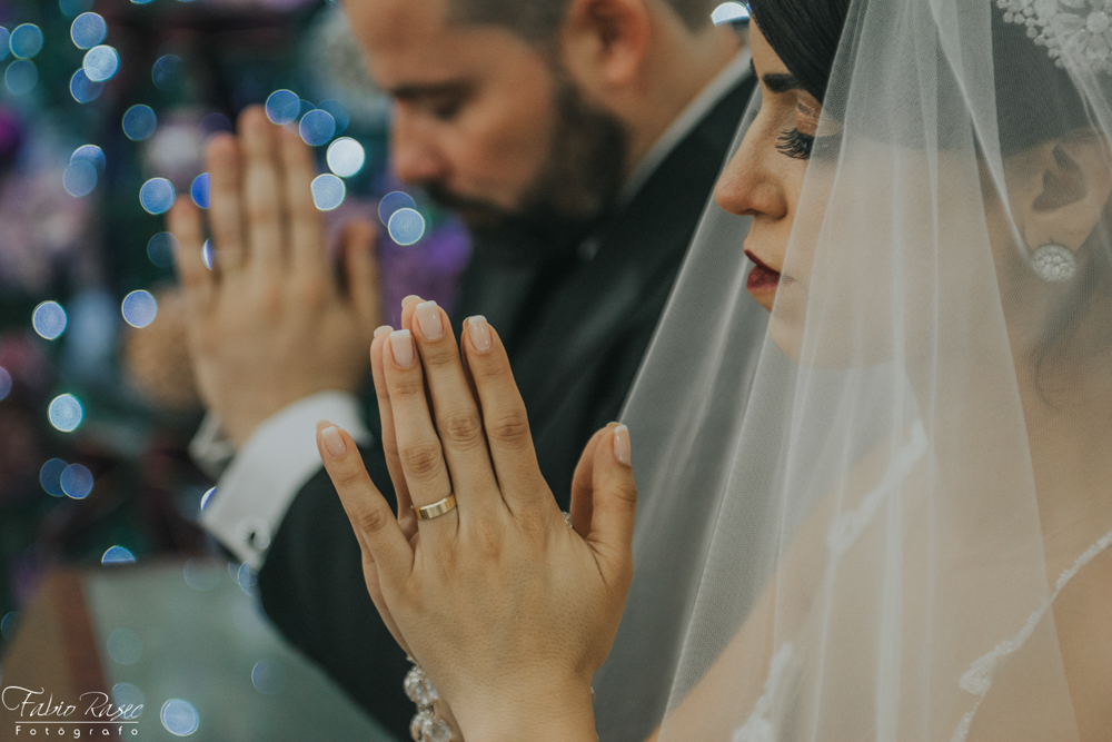 (38) Oração Noivos, Noivos Rezando