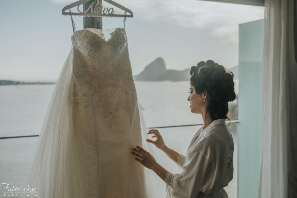 (4) Vestido de Noiva, Lindo Vestido de Noiva